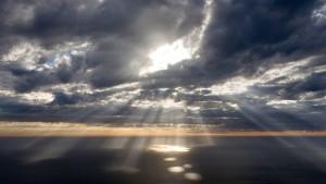 GTY_light_sky_jef_131025_16x9_992